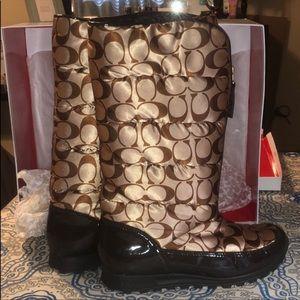 COACH Jolt Stylish Boots.EXCELLENT CONDITION 6 1/2